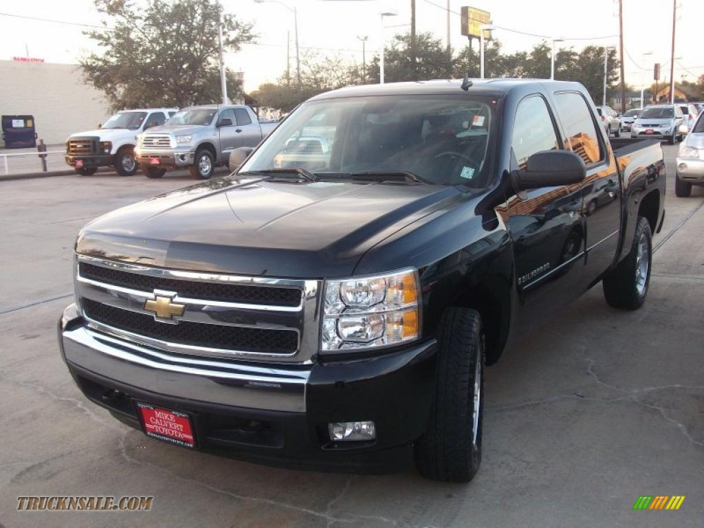 2008 Chevrolet Silverado 1500 Z71 Crew Cab 4x4 in Black - 267773 | Truck N' Sale