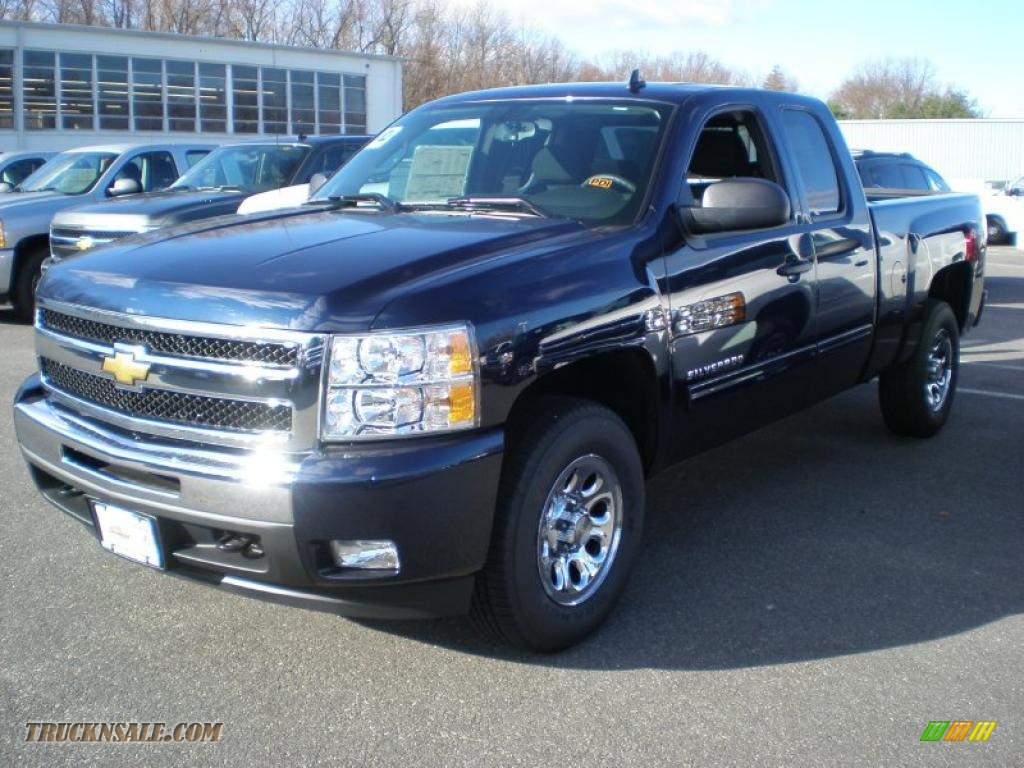 2011 chevrolet silverado 1500 lt extended cab 4x4 in imperial blue metallic 163345 truck n 39 sale. Black Bedroom Furniture Sets. Home Design Ideas