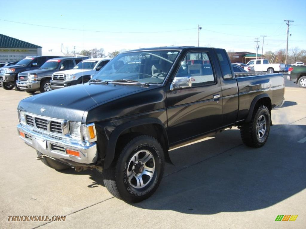 1997 nissan hardbody truck se extended cab 4x4 in super black photo 3 343527 truck n 39 sale. Black Bedroom Furniture Sets. Home Design Ideas