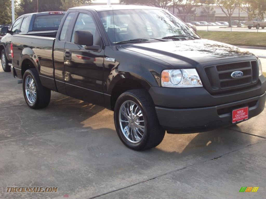 2007 ford f150 xl regular cab in black photo 3 a08737 truck n 39 sale. Black Bedroom Furniture Sets. Home Design Ideas