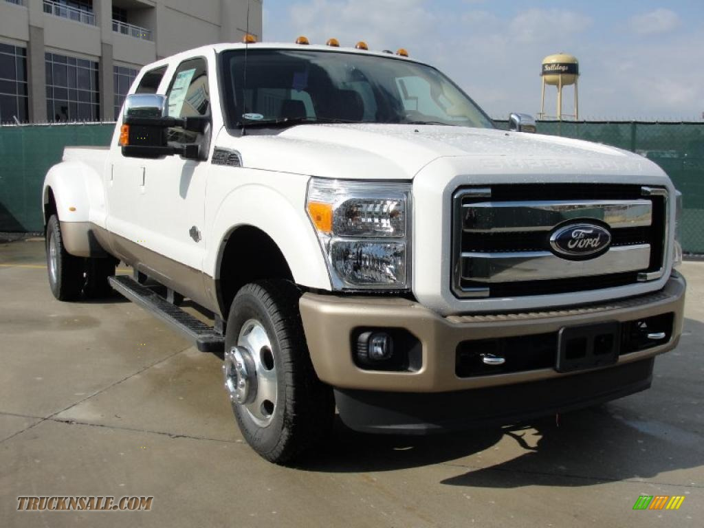 2011 F350 Super Duty King Ranch Crew Cab 4x4 Dually - White Platinum Tri-Coat Metallic / Chaparral Leather photo #1