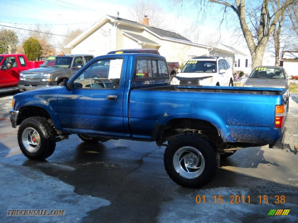 Maryville Auto Sales >> 1993 Toyota Pickup Deluxe Regular Cab 4x4 in Blue Pearl ...