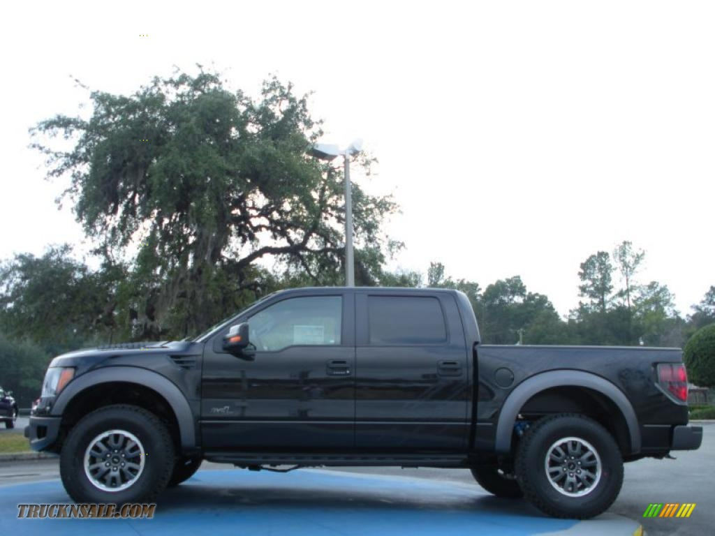 2011 ford f150 svt raptor supercrew 4x4 in tuxedo black metallic photo 2 a04335 truck n 39 sale. Black Bedroom Furniture Sets. Home Design Ideas