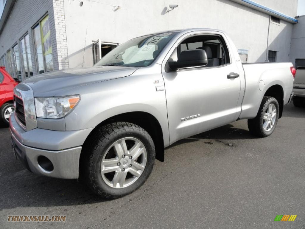 2007 toyota tundra sr5 regular cab 4x4 in silver sky metallic 001065 truck n 39 sale. Black Bedroom Furniture Sets. Home Design Ideas
