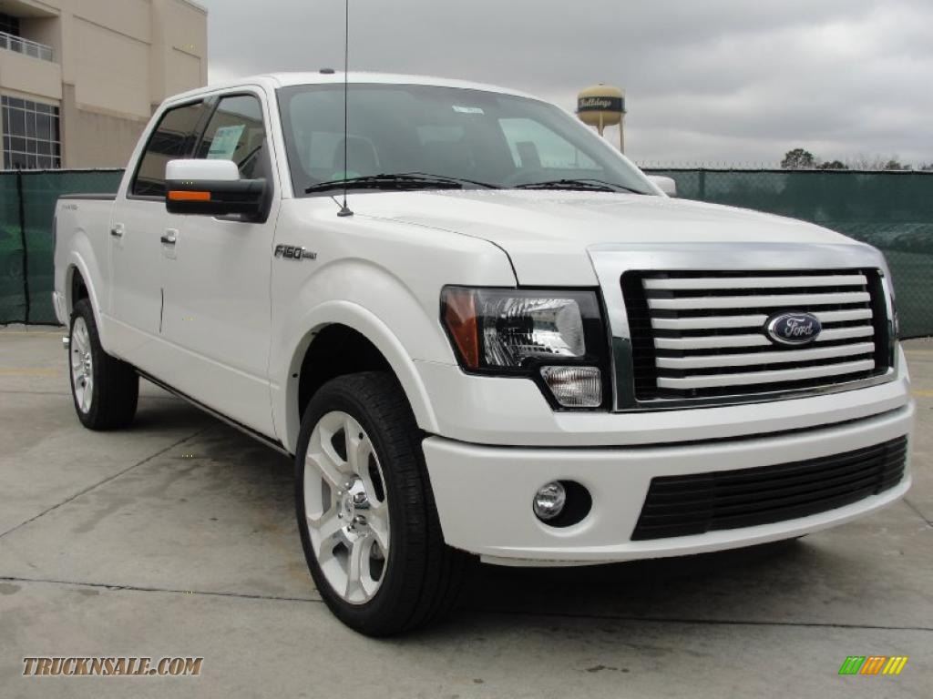 White Platinum Metallic Tri-Coat / Steel Gray/Black Ford F150 Limited SuperCrew 4x4