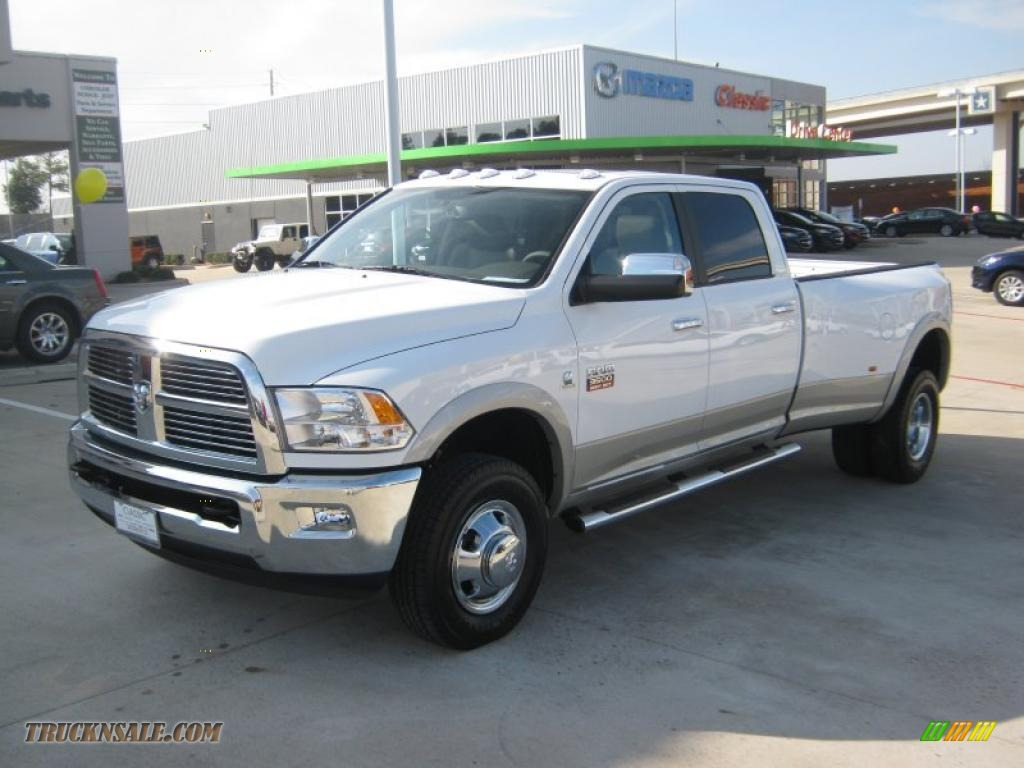 2011 dodge ram 3500 hd laramie crew cab 4x4 dually in bright white photo 9 560960 truck n 39 sale. Black Bedroom Furniture Sets. Home Design Ideas