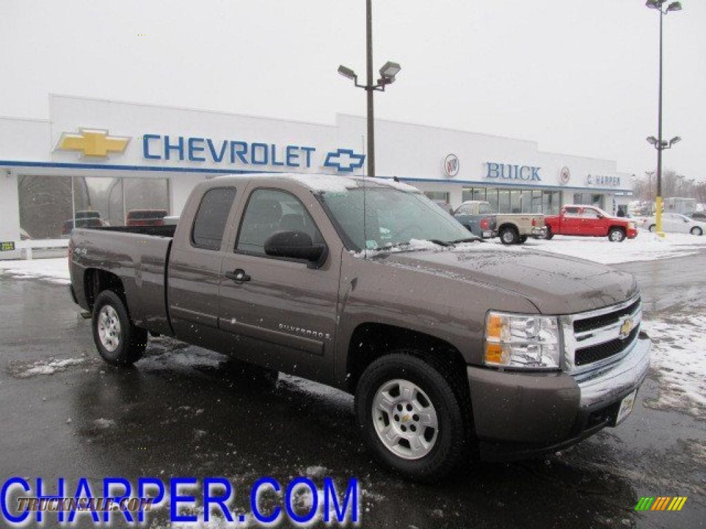 2008 Chevrolet Silverado 1500 LT Extended Cab 4x4 in Desert Brown Metallic - 195025   Truck N' Sale