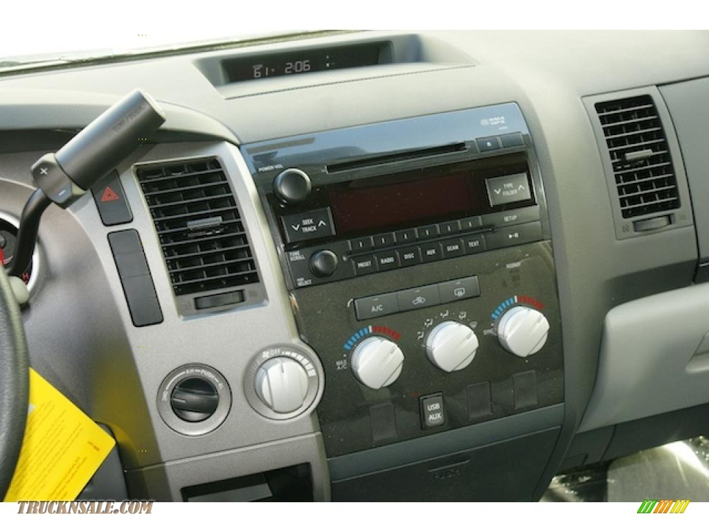 2011 Toyota Tundra Sr5 Crewmax 4x4 In Super White Photo 9