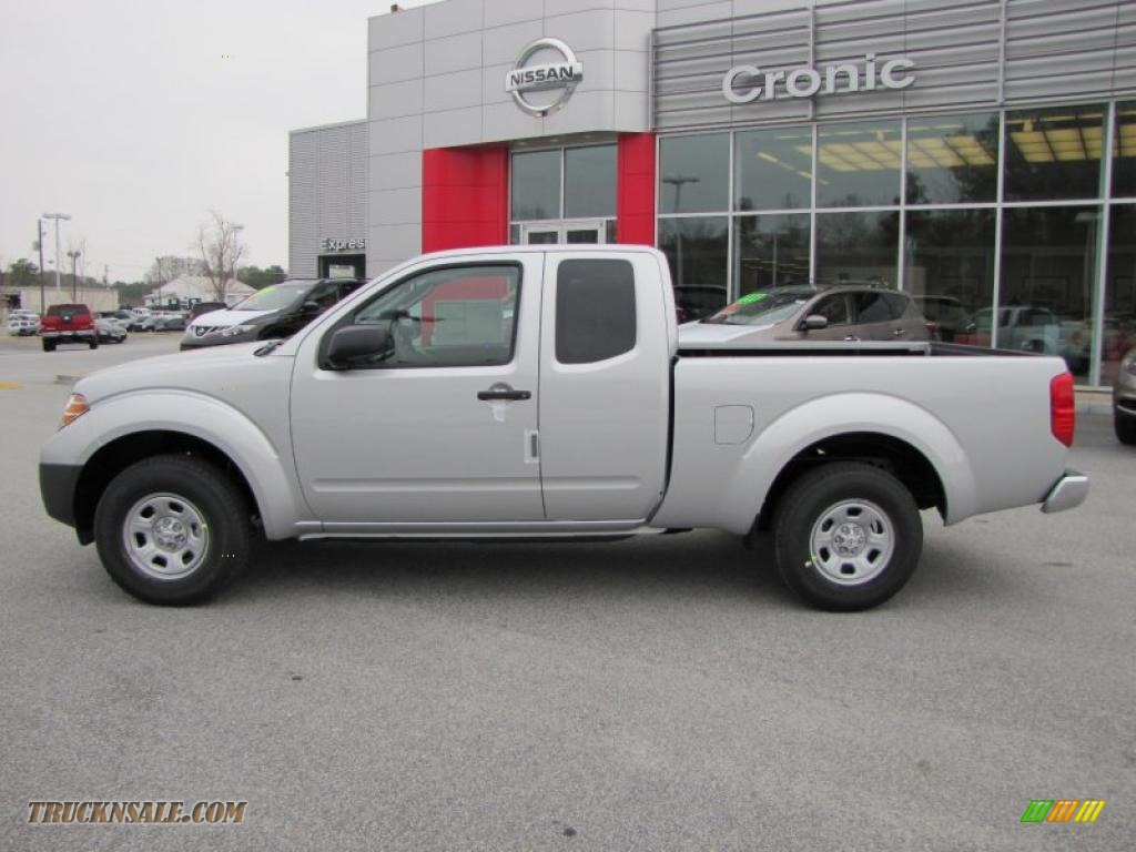 2011 nissan frontier s king cab in radiant silver metallic photo 2 423116 truck n 39 sale. Black Bedroom Furniture Sets. Home Design Ideas