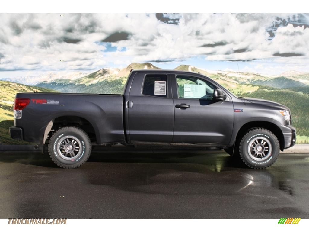 2011 toyota tundra trd rock warrior double cab 4x4 in magnetic gray metallic photo 2 186623. Black Bedroom Furniture Sets. Home Design Ideas