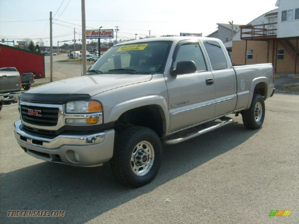 2005 gmc sierra 2500hd sle extended cab 4x4 in silver for Kirksville motor company chevrolet buick gmc toyota