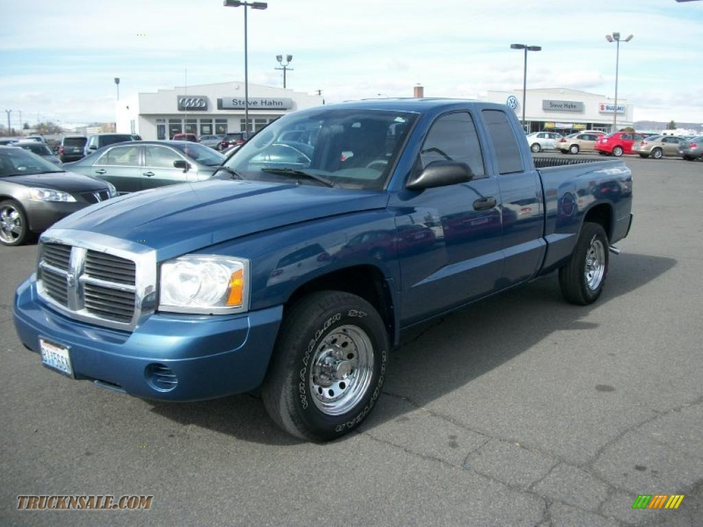 2005 dodge dakota st club cab 4x4 in atlantic blue pearl for Steve white motors inc