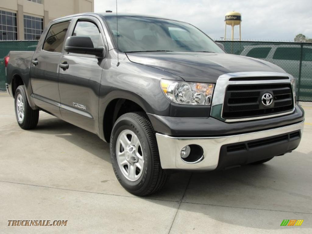 2011 toyota tundra crewmax in magnetic gray metallic 030241 truck n 39 sale. Black Bedroom Furniture Sets. Home Design Ideas