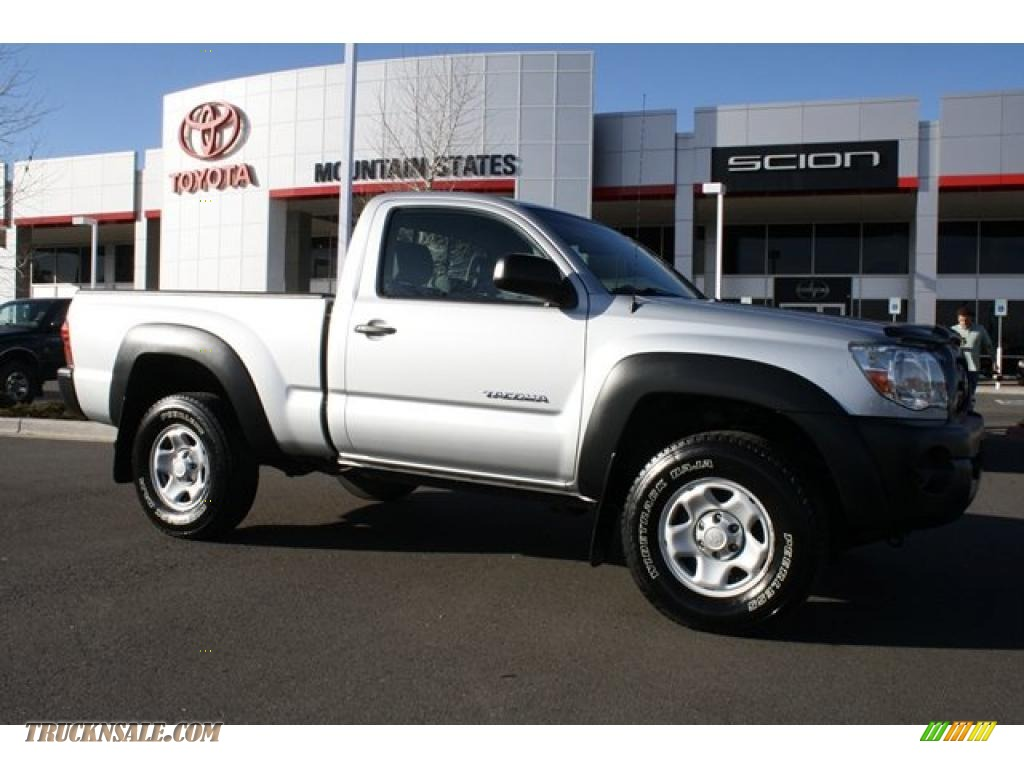 2005 toyota tacoma regular cab 4x4 in silver streak mica 016018 truck n 39 sale. Black Bedroom Furniture Sets. Home Design Ideas