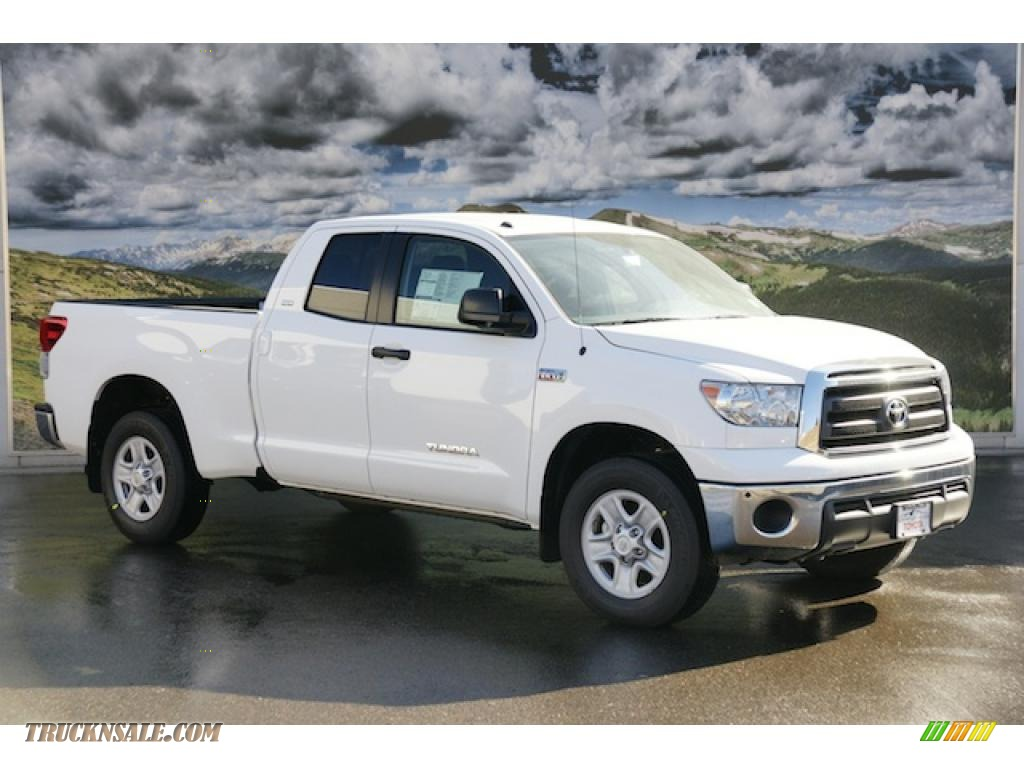 2011 toyota tundra sr5 double cab 4x4 in super white 187506 truck n 39 sale. Black Bedroom Furniture Sets. Home Design Ideas