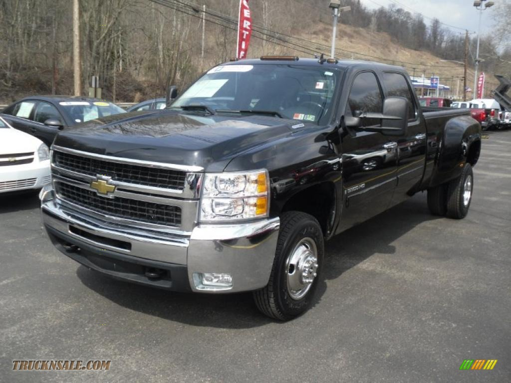 2007 chevy silverado dually duramax diesel offered for sale by html autos weblog. Black Bedroom Furniture Sets. Home Design Ideas
