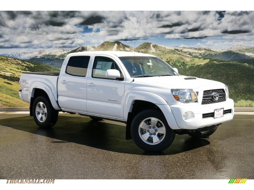 2011 Tacoma V6 TRD Sport Double Cab 4x4 - Super White / Graphite Gray