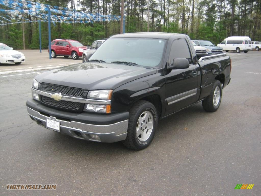 2005 Silverado 1500 LS Regular Cab - Black / Dark Charcoal photo #1