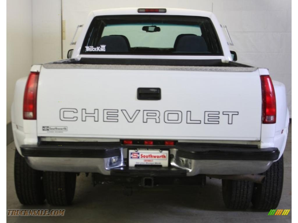 1997 C/K 3500 K3500 Crew Cab 4x4 Dually - Summit White / Blue photo #3