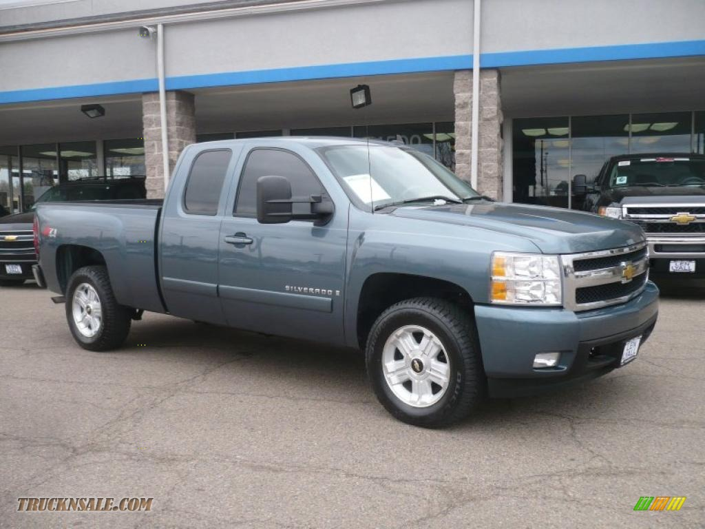 Blue granite metallic light titanium dark titanium chevrolet silverado 1500 ltz extended cab 4x4