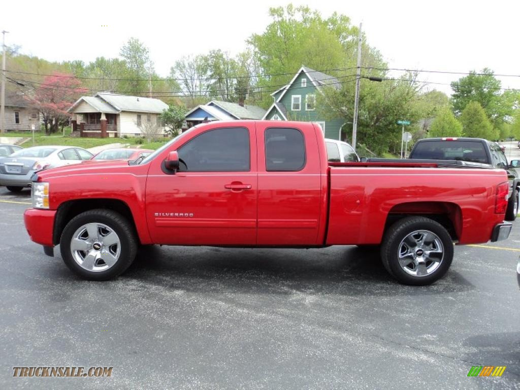 2009 chevrolet silverado 1500 ltz extended cab 4x4 in victory red 292222 truck n 39 sale. Black Bedroom Furniture Sets. Home Design Ideas