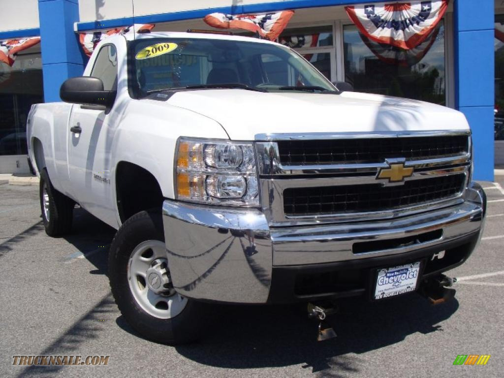 2009 Chevrolet Silverado 2500HD Work Truck Regular Cab 4x4 in Summit White photo #13 - 120377 ...