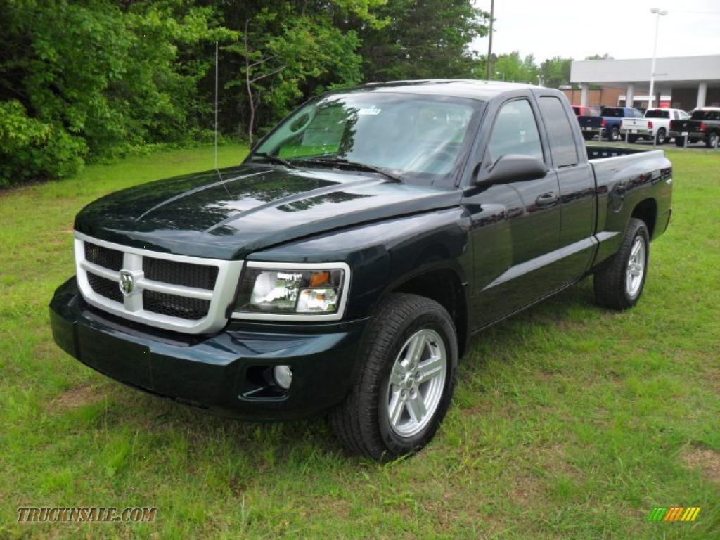 2011 dodge dakota big horn extended cab 4x4 in hunter green pearlcoat 672647 truck n 39 sale. Black Bedroom Furniture Sets. Home Design Ideas