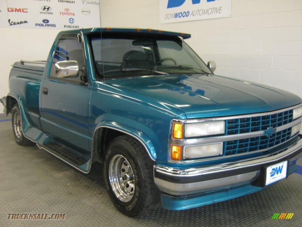 1993 C/K C1500 Regular Cab - Bright Teal Metallic / Gray photo #1