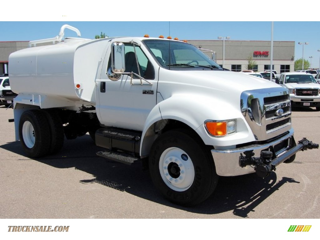 2007 Ford F750 Super Duty XL Chassis Regular Cab Water Truck in Oxford White photo #3 - 394277 ...