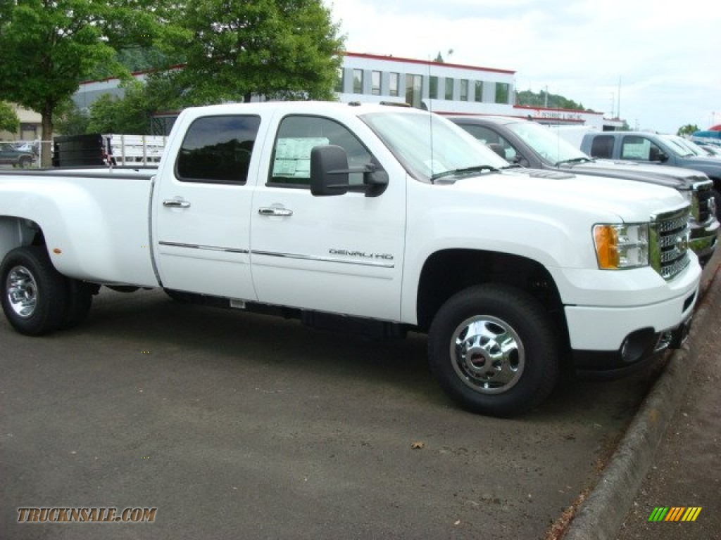 3500HD Denali Crew Cab 4x4 Dually - Summit White / Ebony photo #1
