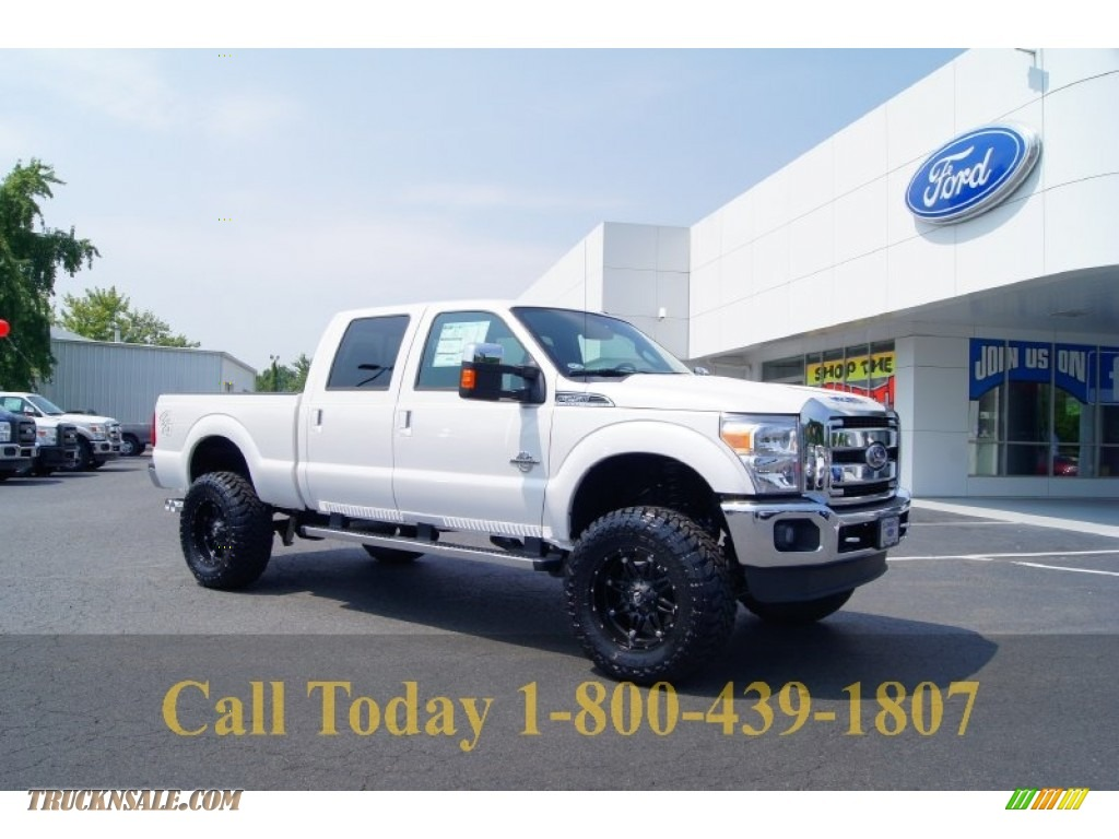 2011 Ford F250 Super Duty Lariat Crew Cab 4x4 in White Platinum