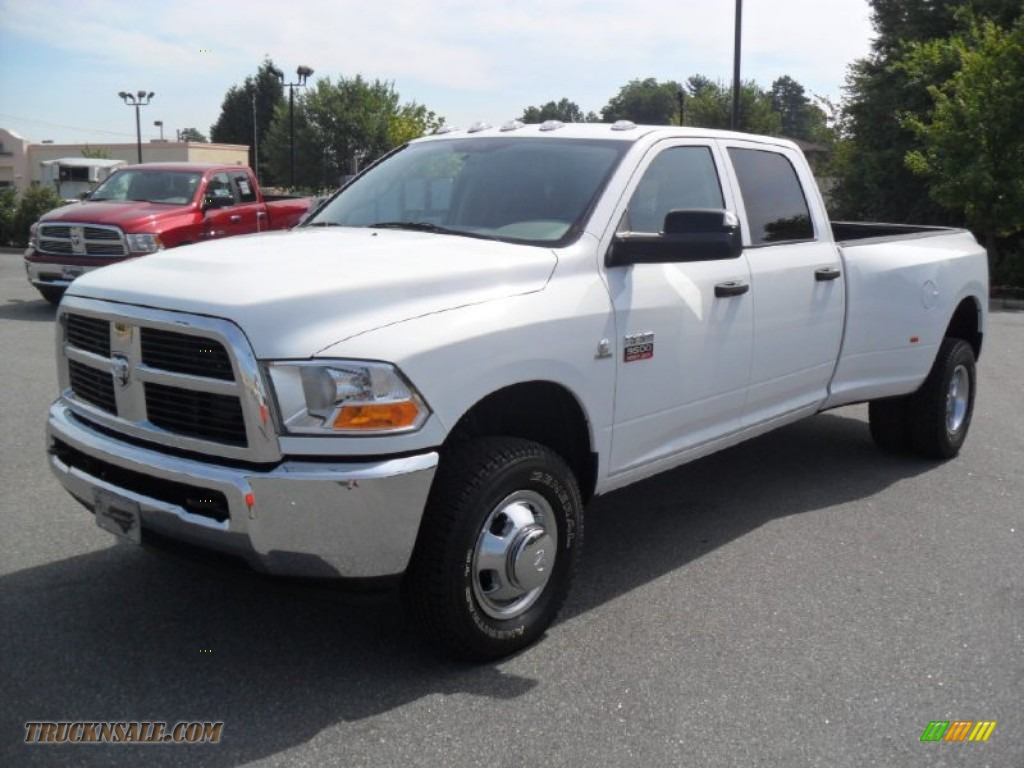2011 dodge ram 3500 hd st crew cab 4x4 dually in bright white 622597 truck n 39 sale. Black Bedroom Furniture Sets. Home Design Ideas