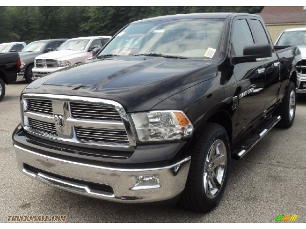 2012 dodge ram 1500 big horn quad cab 4x4 in black 105934 truck n. Black Bedroom Furniture Sets. Home Design Ideas