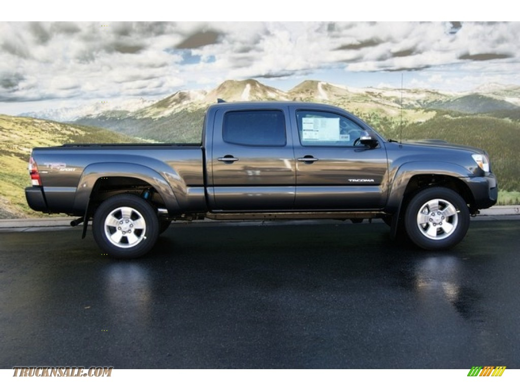 2012 toyota tacoma v6 trd sport double cab 4x4 in magnetic gray mica photo 2 038875 truck n. Black Bedroom Furniture Sets. Home Design Ideas
