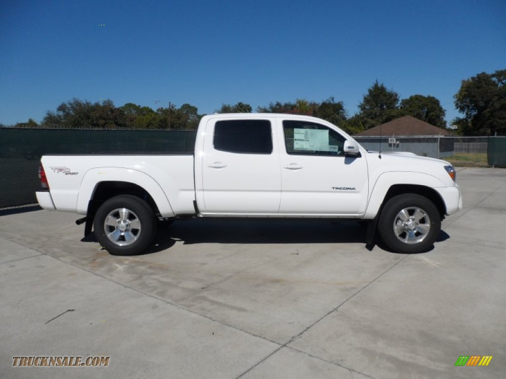 2012 toyota tacoma v6 trd sport double cab 4x4 in super white photo 2 004233 truck n 39 sale. Black Bedroom Furniture Sets. Home Design Ideas