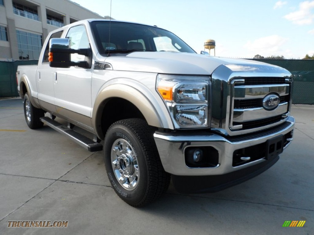 2012 ford f250 super duty lariat crew cab 4x4 in white platinum metallic tri coat a69937. Black Bedroom Furniture Sets. Home Design Ideas