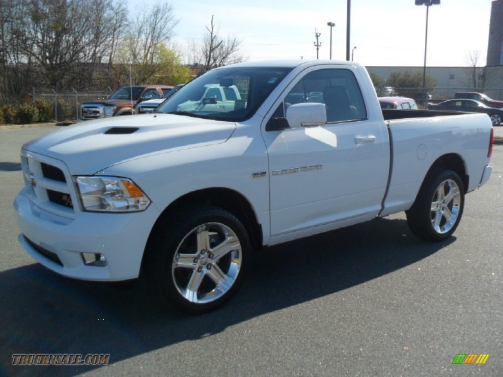 2012 dodge ram 1500 sport r t regular cab in bright white photo 10 145788 truck n 39 sale. Black Bedroom Furniture Sets. Home Design Ideas