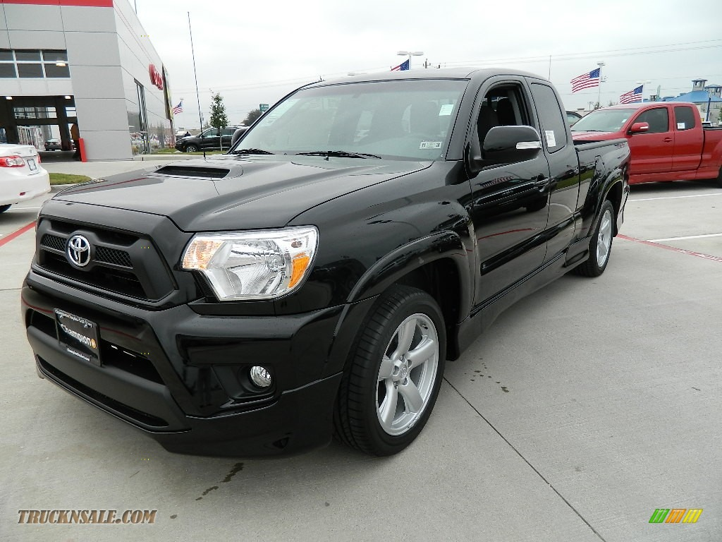 2012 toyota tacoma x runner in black photo 3 001328 truck n 39 sale. Black Bedroom Furniture Sets. Home Design Ideas