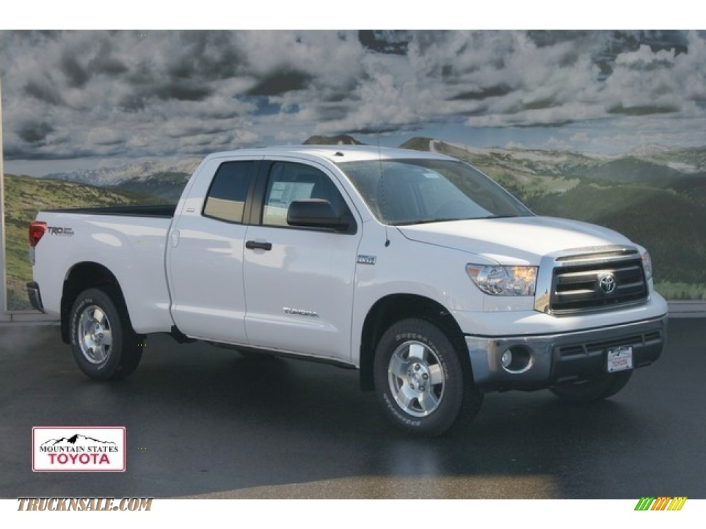 2012 toyota tundra trd double cab 4x4 in super white 228230 truck n 39 sale. Black Bedroom Furniture Sets. Home Design Ideas