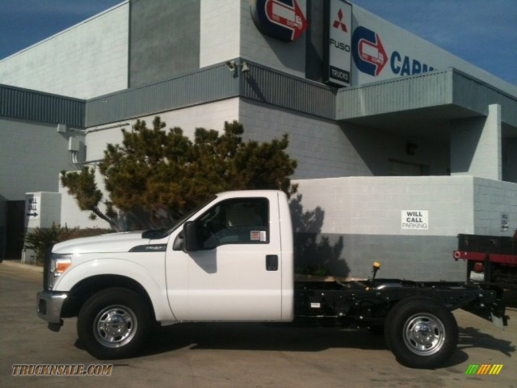 Carmenita Truck Center >> 2012 Ford F250 Super Duty XL Regular Cab Chassis in Oxford White - A98105 | Truck N' Sale