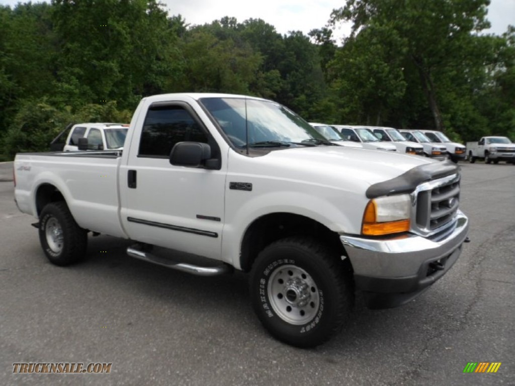 1999 Ford F250 Super Duty XLT Regular Cab 4x4 in Oxford White photo #3 ...