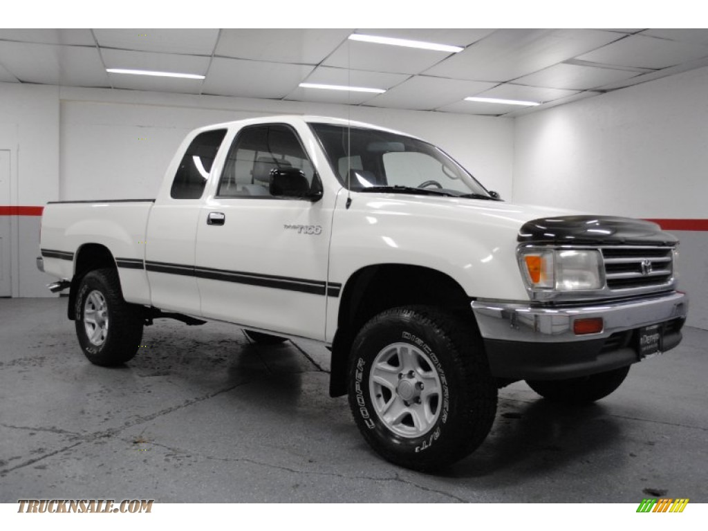 1998 Toyota T100 Truck DX Extended Cab 4x4 in Warm White ...