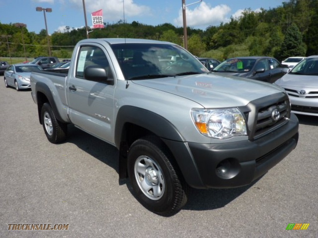 2010 toyota tacoma regular cab 4x4 in silver streak mica 676434 truck n 39 sale. Black Bedroom Furniture Sets. Home Design Ideas