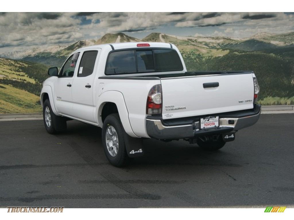 2013 toyota tacoma v6 sr5 double cab 4x4 in super white photo 2 105050 truck n 39 sale. Black Bedroom Furniture Sets. Home Design Ideas