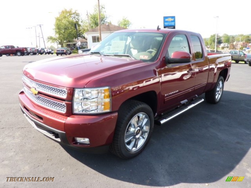 2013 chevrolet silverado 1500 ltz extended cab 4x4 in deep ruby metallic photo 3 131525. Black Bedroom Furniture Sets. Home Design Ideas