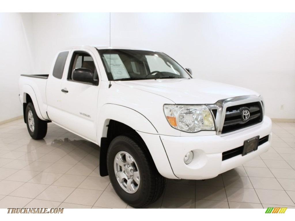 2006 toyota tacoma v6 access cab 4x4 in super white 208035 truck n 39 sale. Black Bedroom Furniture Sets. Home Design Ideas