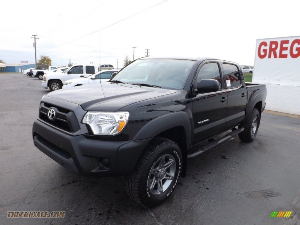 2013 toyota tacoma v6 tss prerunner double cab in black photo 3 034027 truck n 39 sale. Black Bedroom Furniture Sets. Home Design Ideas