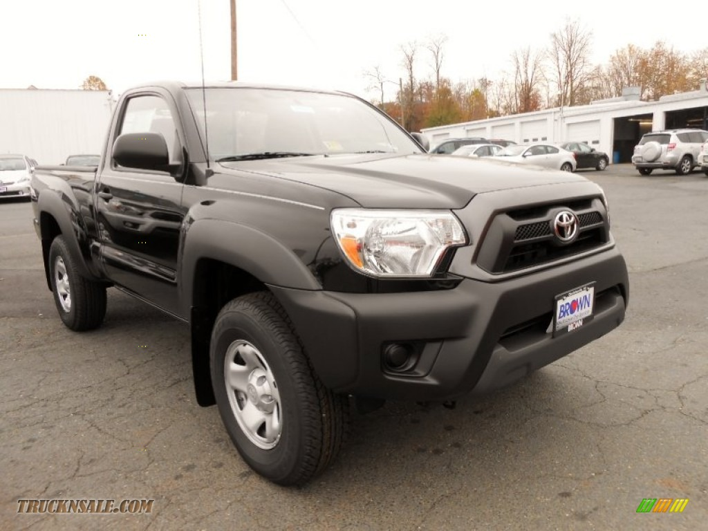Black / Graphite Toyota Tacoma Regular Cab 4x4