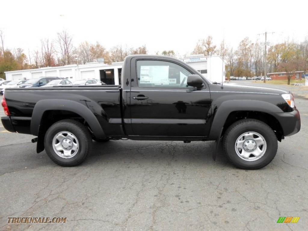 2013 Tacoma Regular Cab 4x4 - Black / Graphite photo #2