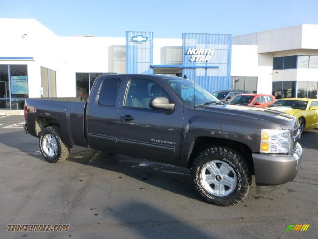 2010 chevrolet silverado 1500 lt extended cab 4x4 in taupe. Black Bedroom Furniture Sets. Home Design Ideas